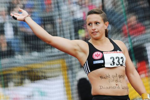 Kathrin Klaas, Wir Sind Hammer, Marcel Lomnicky, website, hammer throw